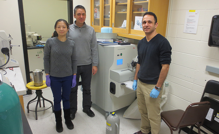 MIT grad student conducts collaborative research using the BioCryo Facility of EPIC